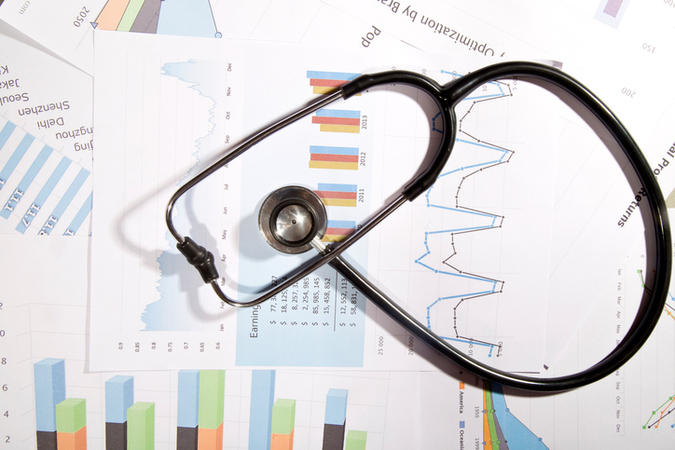 Custom_campaign_image_financial-statement-with-stethoscope-525220588_727x484